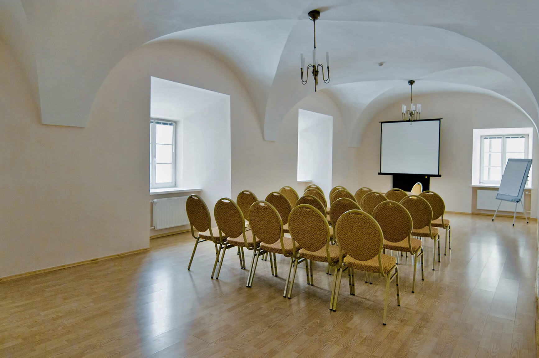 domus-maria-hall-meeting-rooms734x1153