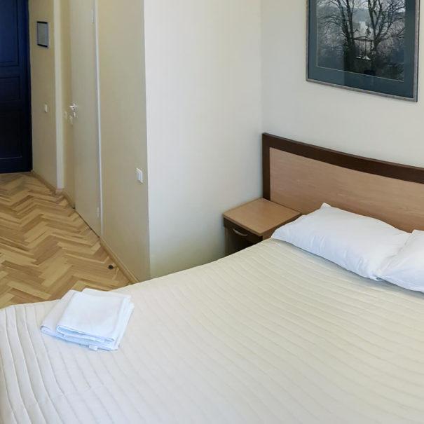 domus-maria-single-room-1734x1153_0003_20190730_161614